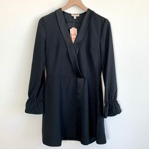 GB Black V-Neck Long Sleeve Blouse
